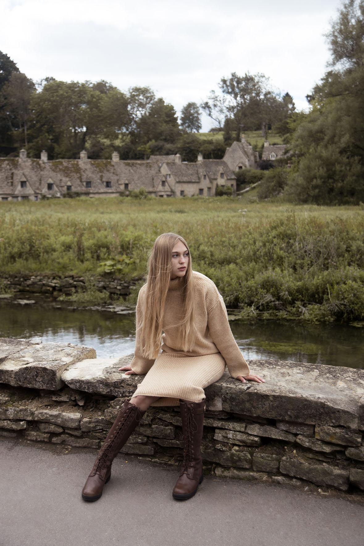 Rheanna Cartier in Bibury shot by Grace Delnevo Cotswold Fashion Photographer