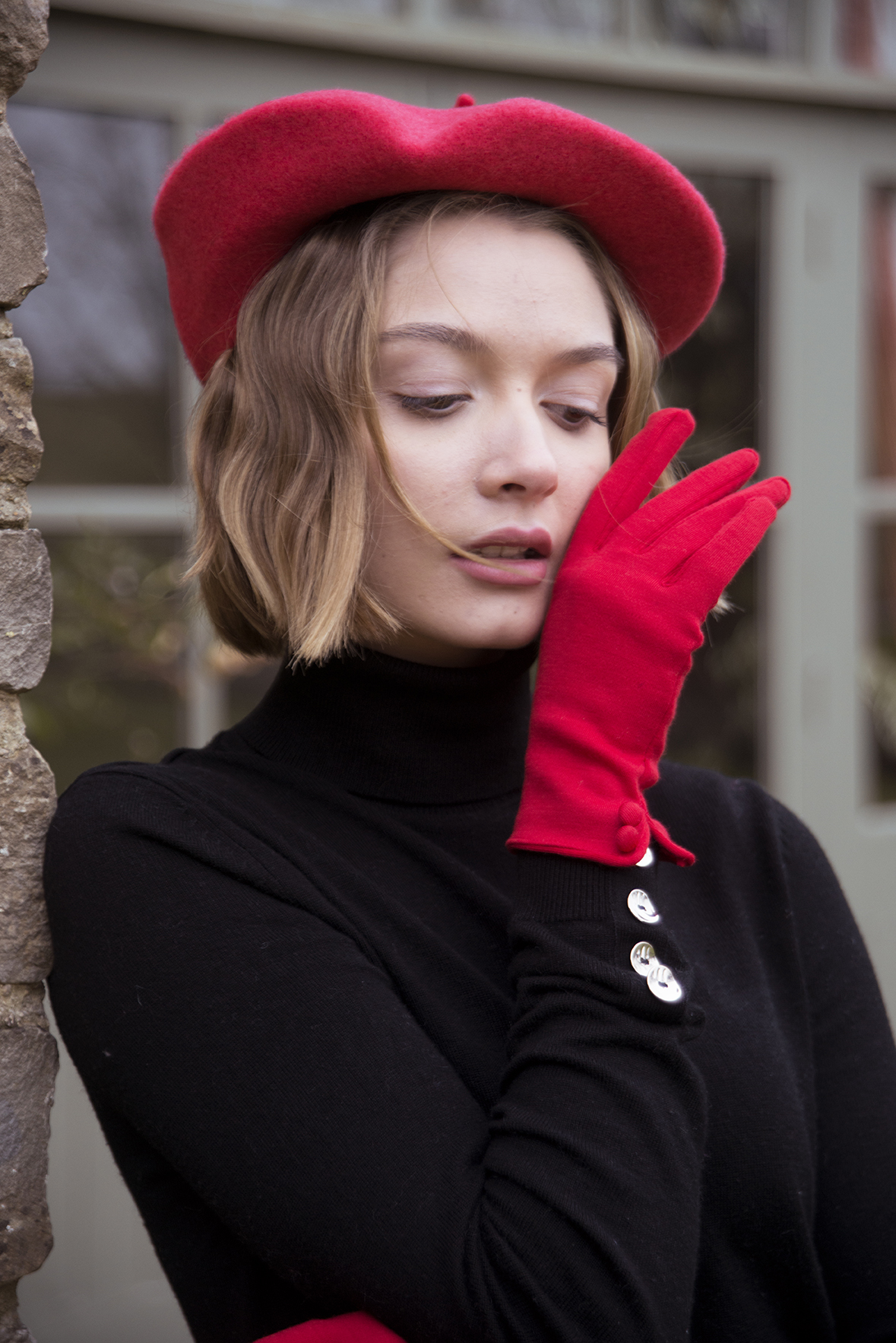 Autumn/Winter Fashion Photoshoot in the Cotswolds For Cornelia James Gloves Modelled by Tyla Paton By Grace Delnevo Cotswold fashion Photographer